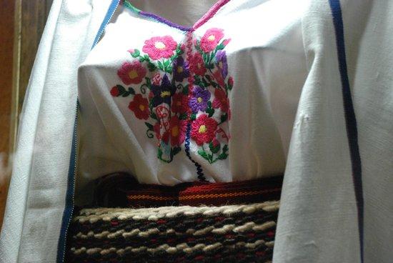 Hotel Mision Colonial: Traje de Huixtán