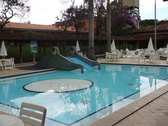 Hotel Fazenda Mazzaropi:                   Piscina infantil