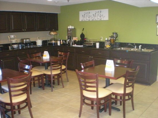 Sleep Inn I 95 North Savannah: Breakfast Area