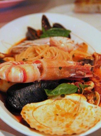Di Mare Restaurant & Cafe