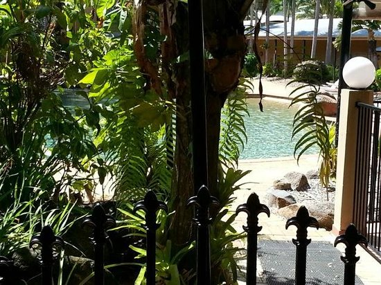 Palm Royale Cairns:                   access to frolic poolside