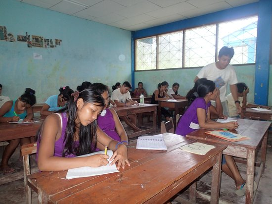 Amazonia Expeditions' Tahuayo Lodge:                   English class