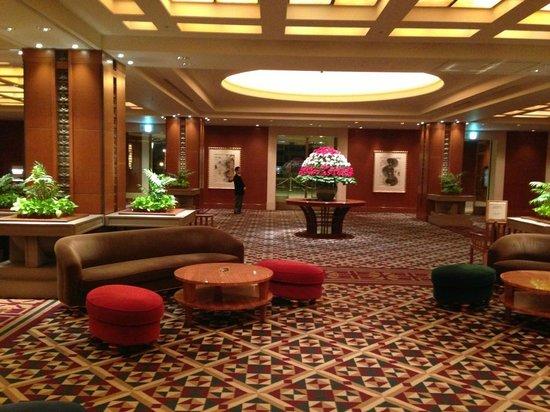 Imperial Hotel Osaka:                   ロビー