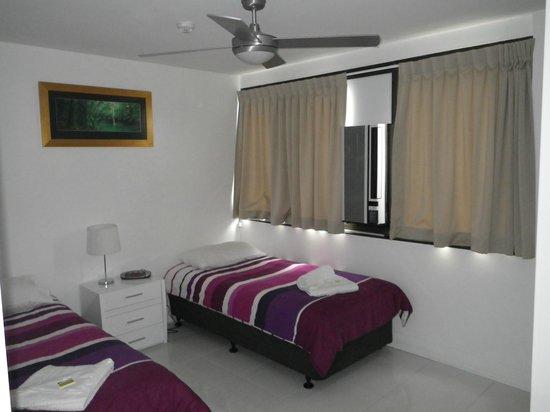 Cairns Aquarius: Second bedroom