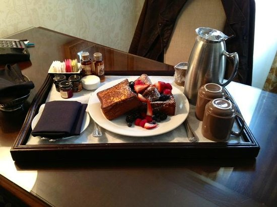 Omni San Francisco Hotel:                   Breakfast Room Service