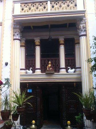 Kathmandu Bed & Breakfast Inn:                   hostal