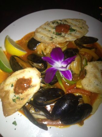 Sweet Lorraine's Cafe & Bar:                   San Francisco Fish Stew