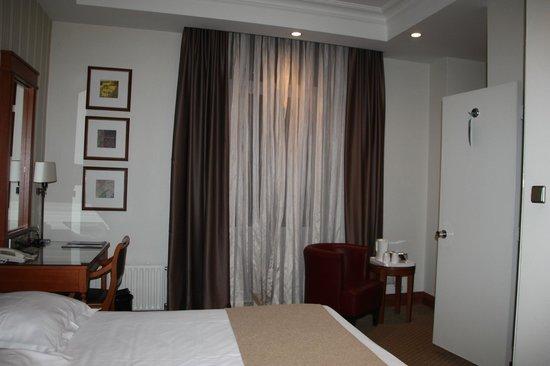 Park Plaza Victoria Amsterdam: Room