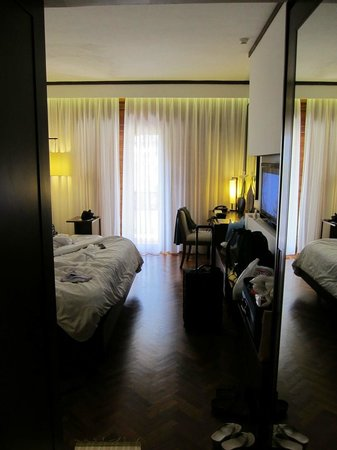Nusa Dua Beach Hotel & Spa :                   our room from entrance door