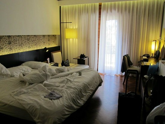 Nusa Dua Beach Hotel & Spa:                   Deluxe room (sorry for the mess)