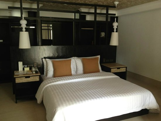 The District Boracay:                   Bed Room
