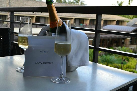 Koa Kea Hotel & Resort:                   Champagne delivered to the room exactly at 5:45 PM as requested