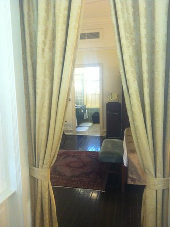 Raffles Hotel Singapore:                   Palm Court Suite