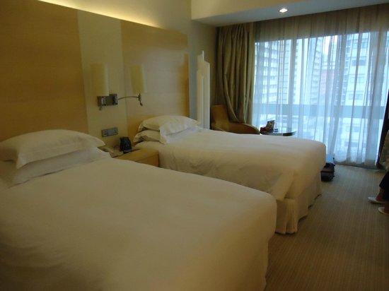 ฮิลตัน สิงคโปร์:                   room