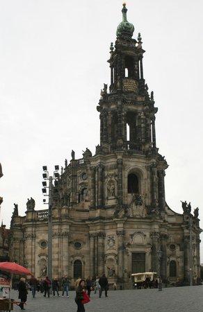 Praga Mirabilis Tours:                   Una de las Iglesias barrocas