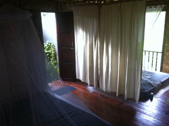 Mutiara Beach Guesthouse: Inside the Spa Villa