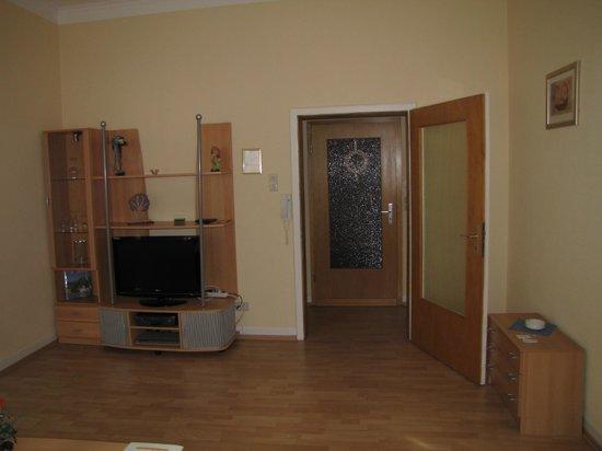 Rhine Hotel Zur Loreley: Separate longe room