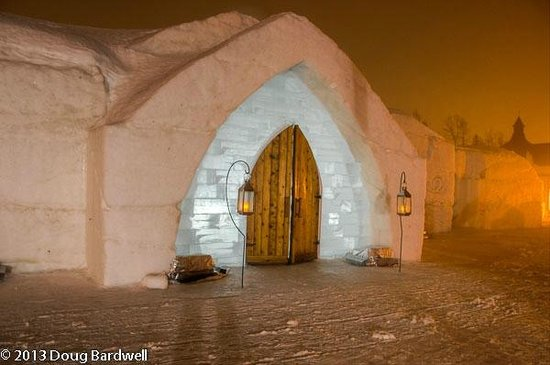 Hotel de Glace:                   Entry to the wedding chapel