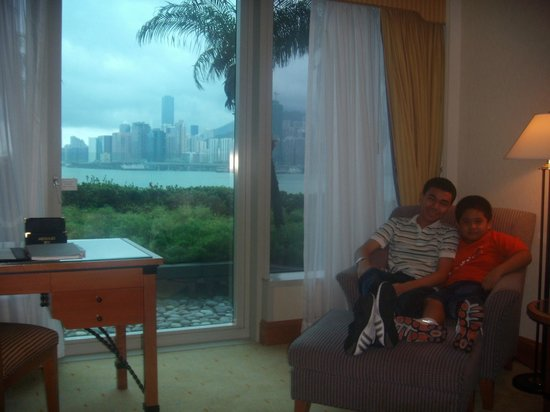 L'hotel Causeway Bay Harbour View:                   great view