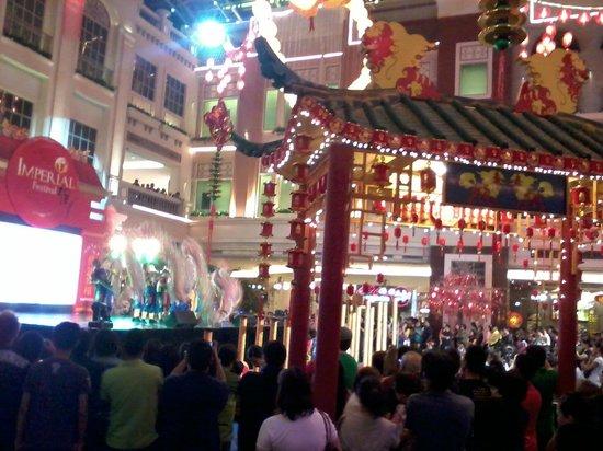 Maxims Hotel - Resorts World Manila :                   maxims hotel  bij chinees nieuwjaar jan -feb