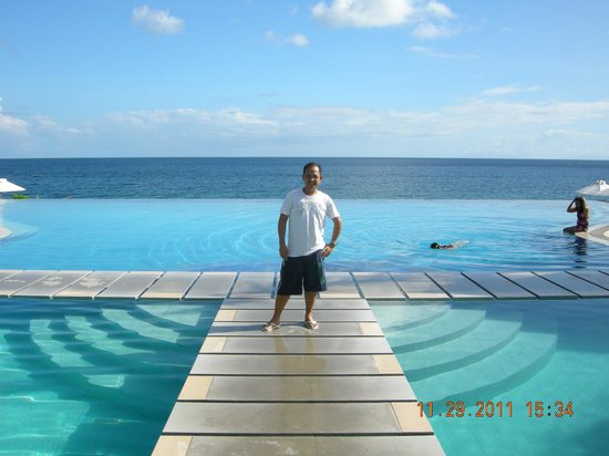 Acuatico Beach Resort & Hotel:                   at the Infinity Pool
