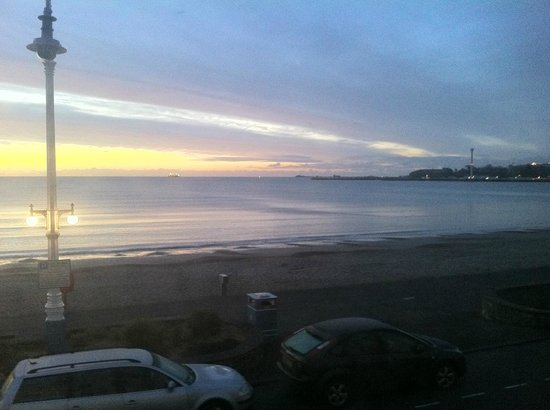 The Redcliff B&B Guest House:                   The view from room 10 - dawn over Weymouth bay