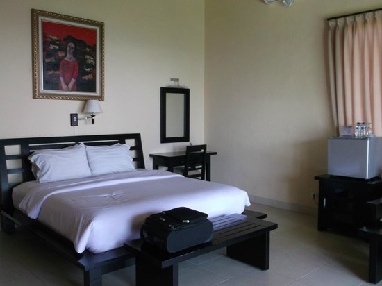 Ocean View Dive Resort Tulamben: Bedroom