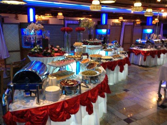 Al Nafoura Restaurant:                                     sweets open buffet