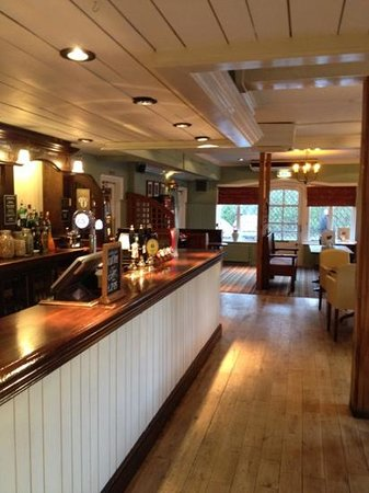 The Ely Hotel:                   bar