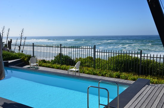 The Ocean View Luxury Guest House: piscine