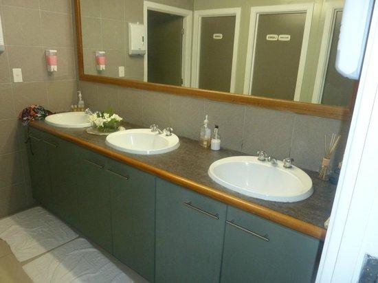 Riverside Samoa:                                     Riverside-spotless bathroom