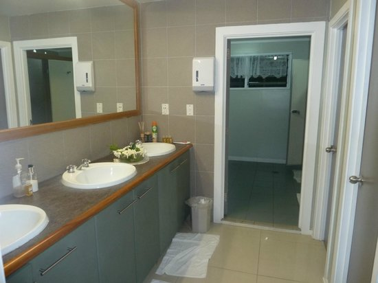 Riverside Samoa:                                     Riverside-spacious, clean bathroom area