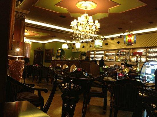 Kelet Csillaga Kávé-és Teaház: The Tea House -