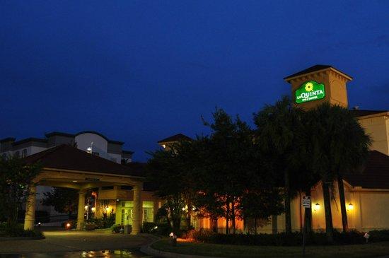 La Quinta Inn & Suites Tampa Brandon Regency Park:                   ラ キンタ