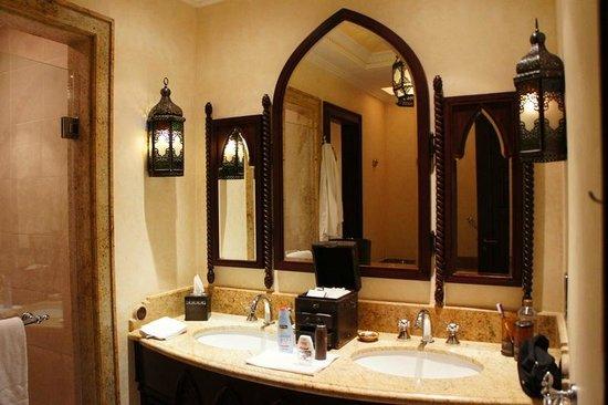 Jumeirah Mina A'Salam:                   salle de bains