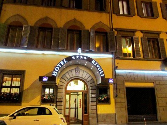 Hotel Rivoli:                   Esterno