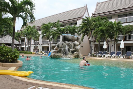 Centara Kata Resort Phuket:                   pool