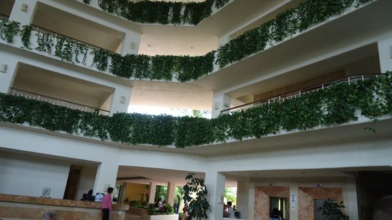 Canto Del Sol Plaza Vallarta:                   Natural lighting for Lobby, lots of windows