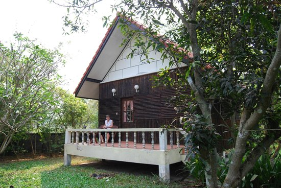 Thai Bamboo Guesthouse Resort :                   Bungalow