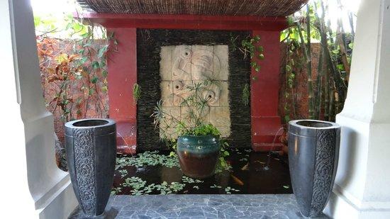 Jamahkiri Resort & Spa:                                     entrée de l'hotel