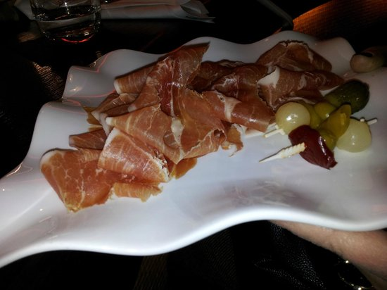 Melia Berlin:                   A snack at Tapas Bar