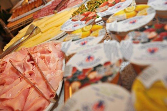 Marolda Hotel: buffet colazione