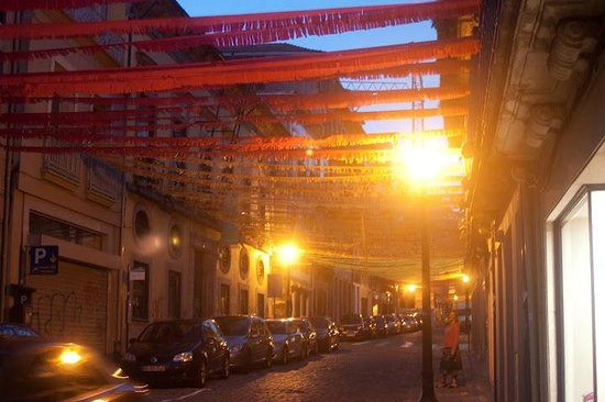 Porto Alive Hostel: street