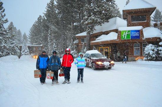 Holiday Inn Express South Lake Tahoe:                   Main Driveway Christmas 2012