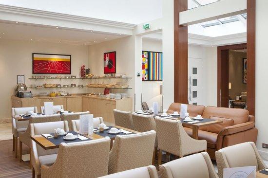 Atlantic Hotel: SALLE DES PETITS-DEJEUNERS / BREAKFAST ROOM