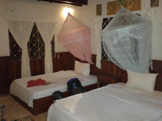 Bayon Garden Guesthouse:                   guesthouse room