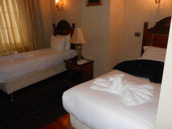 Hotel Sapphire:                   notre chambre