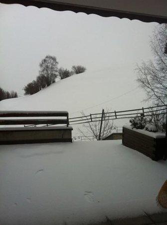 Salouf, Szwajcaria:                   Aussicht inkl. Balkon