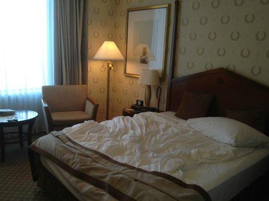Imperial Hotel Osaka:                   ベッドルーム
