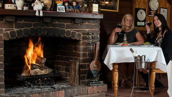 Nick's Swiss Italian Restaurant: Good wine, warm fire. What more could you want?